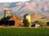 farm-mountain